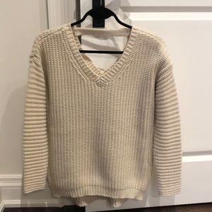 Lyla & Luxe cream sweater